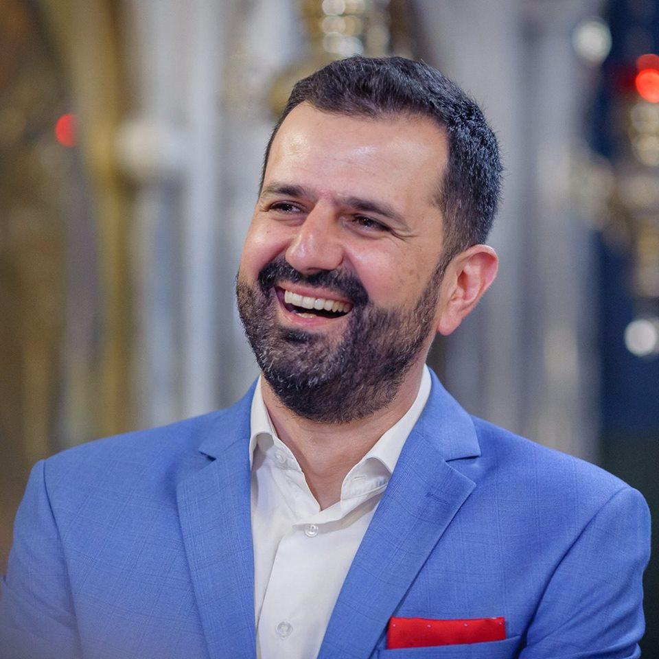 Μάνος Παυλάκης
